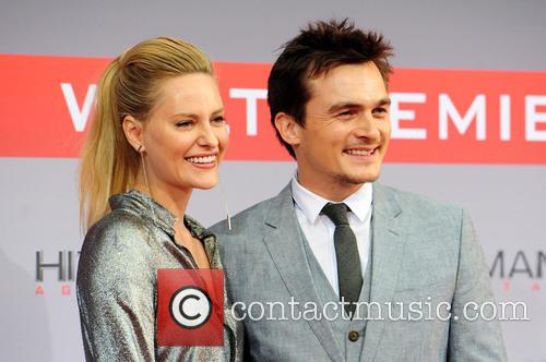 Aimee Mullins and Rupert Friend 6