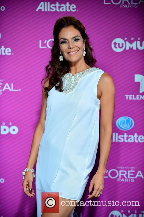 Gloria Peralta 1