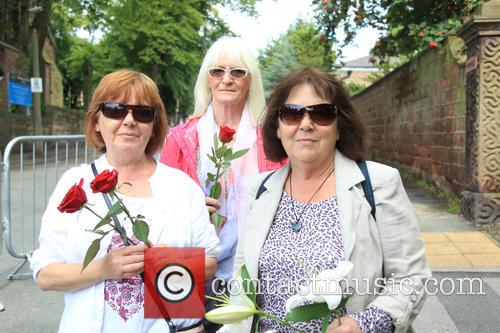 Cilla Black, Helen Reynolds, Patsy Roberts and Jenny Mathews 2