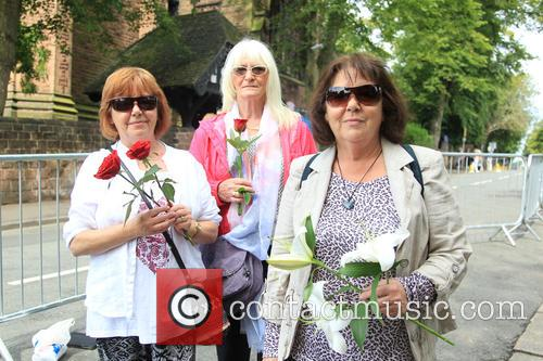 Cilla Black, Helen Reynolds, Patsy Roberts and Jenny Mathews 1