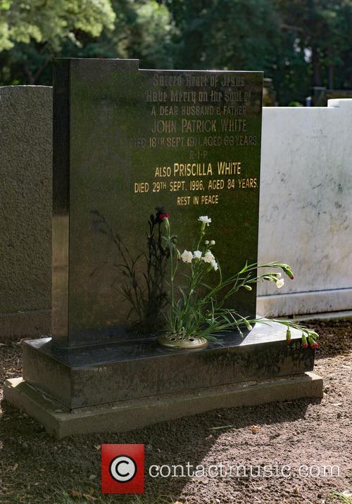 Cilla Black and Cilla Blacks Grave 7