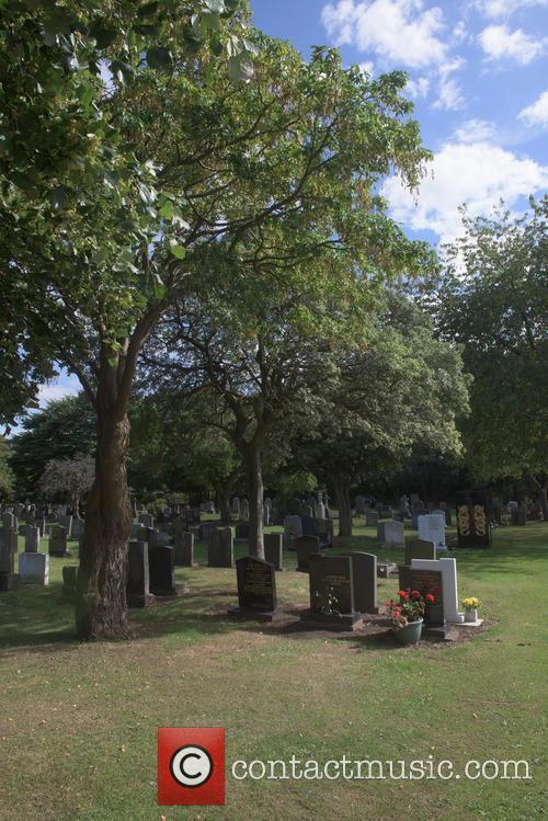 Cilla Black and Cilla Blacks Grave 9