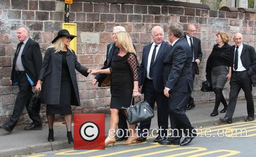Les Dennis, Ted Robbins, Mike Mcartney and Carol Vorderman 2