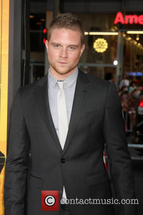 Jonny Weston 4