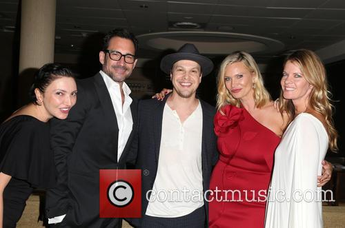 Lilith Berdischewsky, Lawrence Zarian, Gavin Degraw, Natasha Henstridge and Michelle Stafford 1
