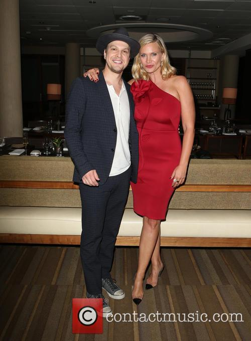 Gavin Degraw and Natasha Henstridge 3
