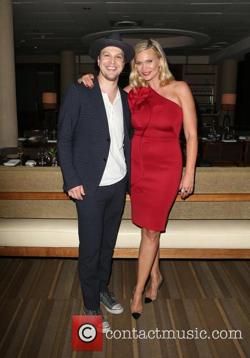 Gavin Degraw and Natasha Henstridge 4