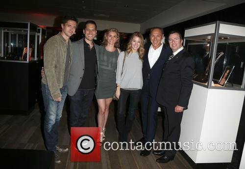 Topher Grace, Brianna Brown, Ashley Hinshaw, Neil Lane and Beny Alagem 2