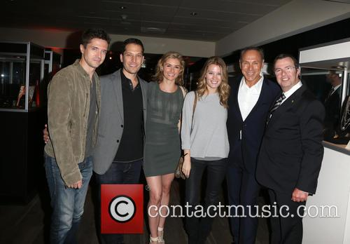 Topher Grace, Brianna Brown, Ashley Hinshaw, Neil Lane and Beny Alagem 4