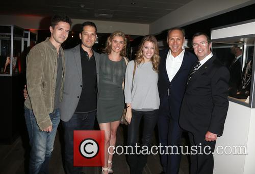 Topher Grace, Brianna Brown, Ashley Hinshaw, Neil Lane and Beny Alagem 1