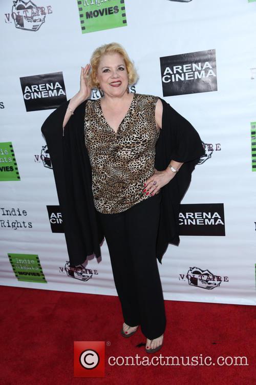 Sharon Mcnight 2