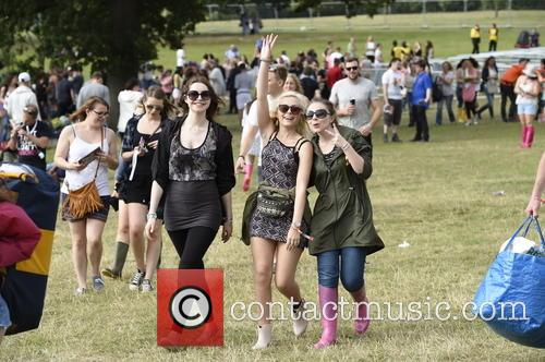 V Festival, Birthday Party and Atmosphere 3