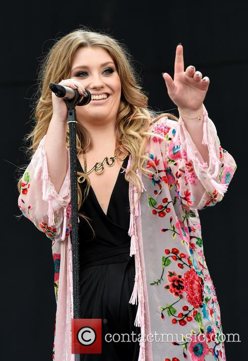 Ella Henderson 4