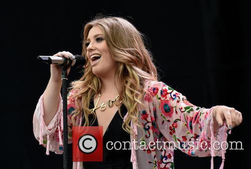 Ella Henderson 7