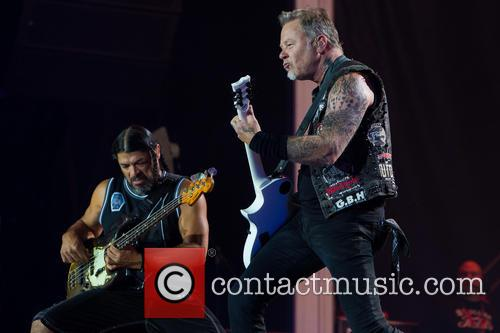 Metallica, Robert Trujillo and James Hetfield 2