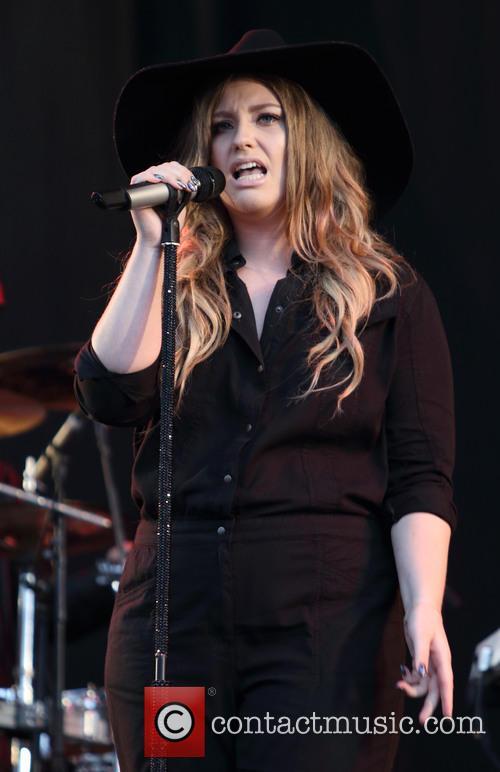 Ella Henderson 3