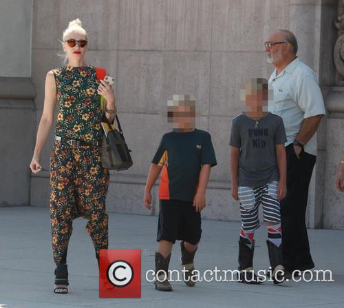 Gwen Stefani, Kingston Rossdale, Zuma Rossdale and Apollo Rossdale 7
