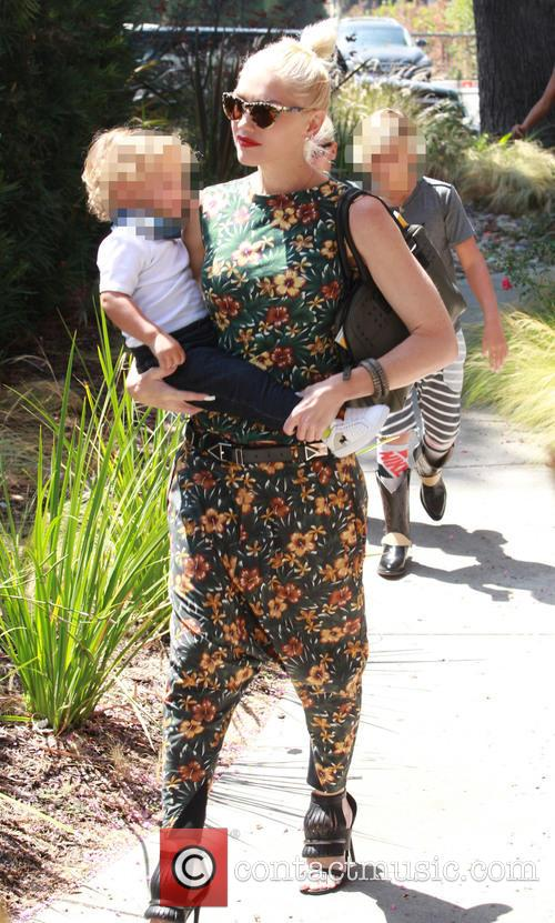 Gwen Stefani, Apollo Rossdale and Kingston Rossdale 2