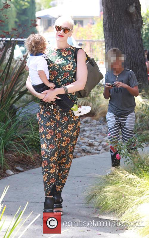 Gwen Stefani, Apollo Rossdale and Kingston Rossdale 1