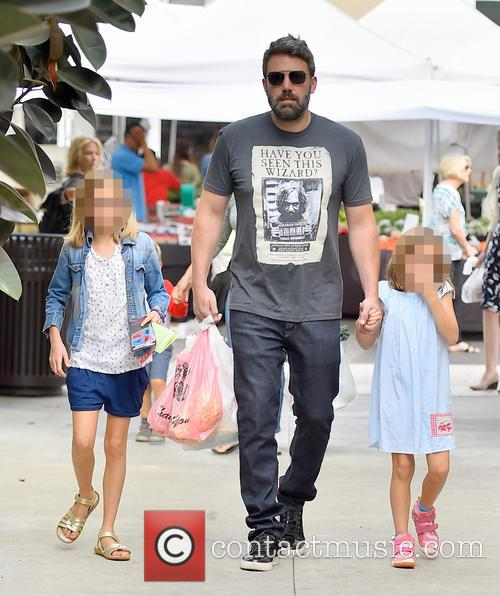 Ben Affleck, Seraphina Affleck and Violet Affleck 3