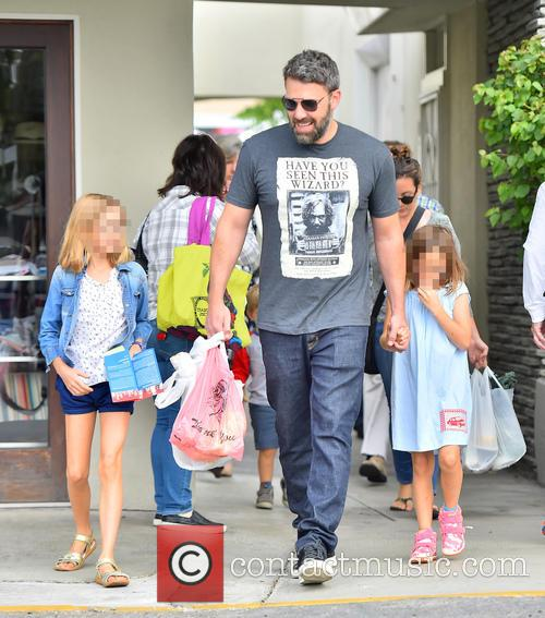Ben Affleck, Seraphina Affleck and Violet Affleck 6