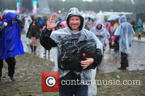 V Festival and Atmosphere 5