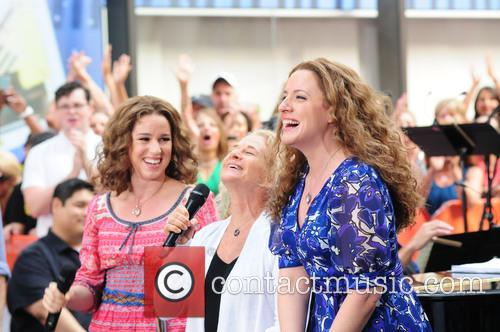 Abby Mueller, Carole King and Chilina Kennedy 9