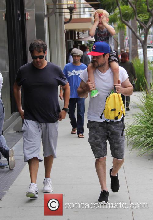 Mike Comrie and Luca Cruz Comrie 5