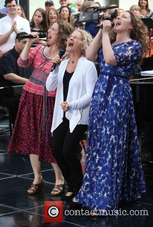 Chilina Kennedy, Carol King and Abby Mueller 4