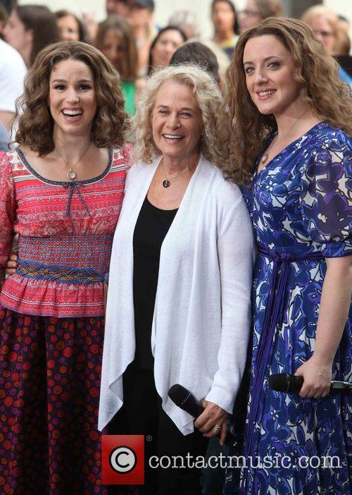 Chilina Kennedy, Carol King and Abby Mueller 6