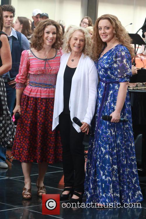 Carole King, Chilina Kennedy and Abby Mueller 3