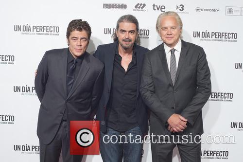 Benicio Del Toro, Fernando Leon De Aranoa and Tim Robbins 2