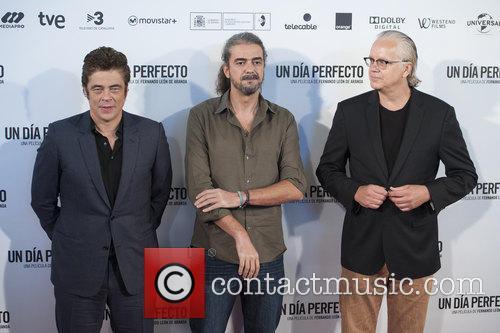 Fernando Leon De Aranoa, Benicio Del Toro and Tim Robbins