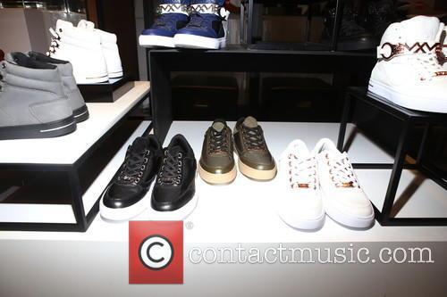 Sneaker 1