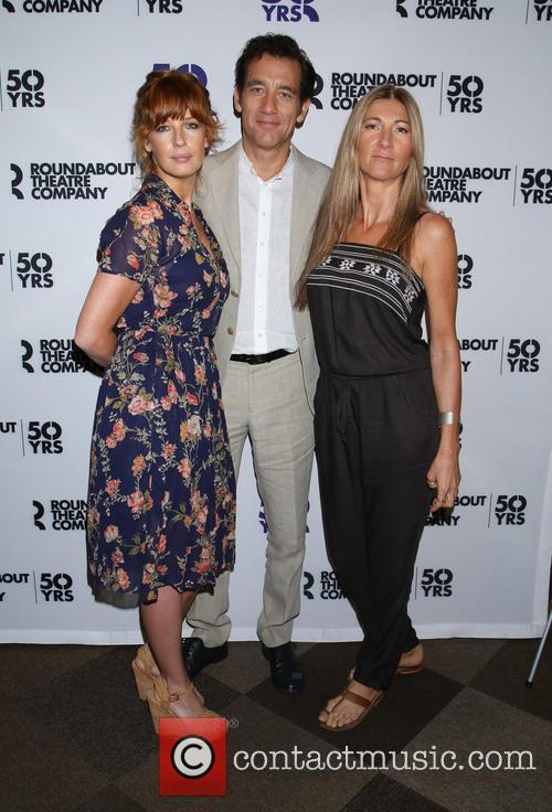 Kelly Reilly, Clive Owen and Eve Best 2