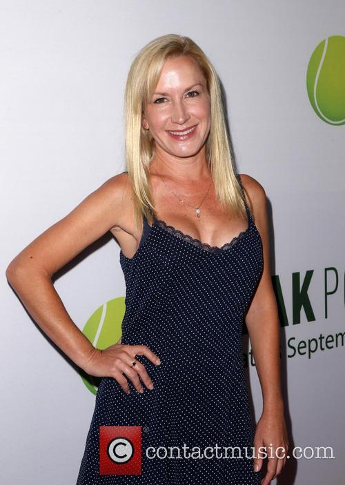Angela Kinsey 5