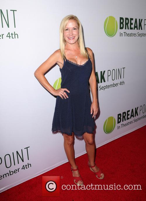 Angela Kinsey 8