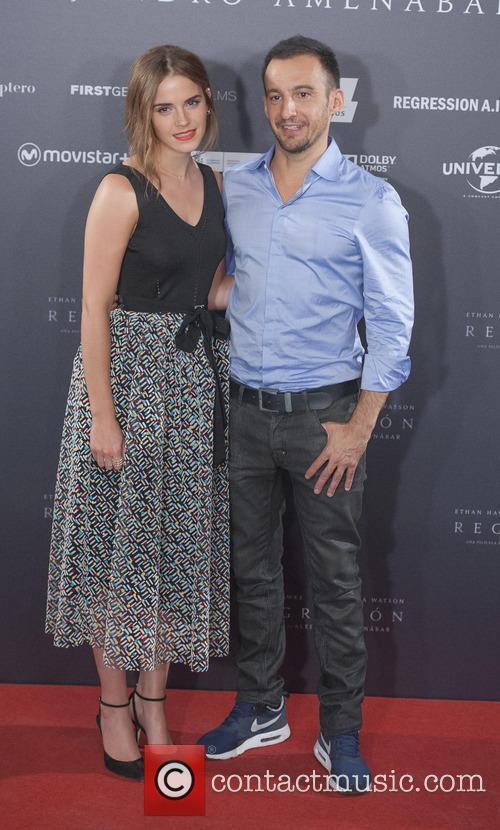 Alejandro Amenabar and Emma Watson 3