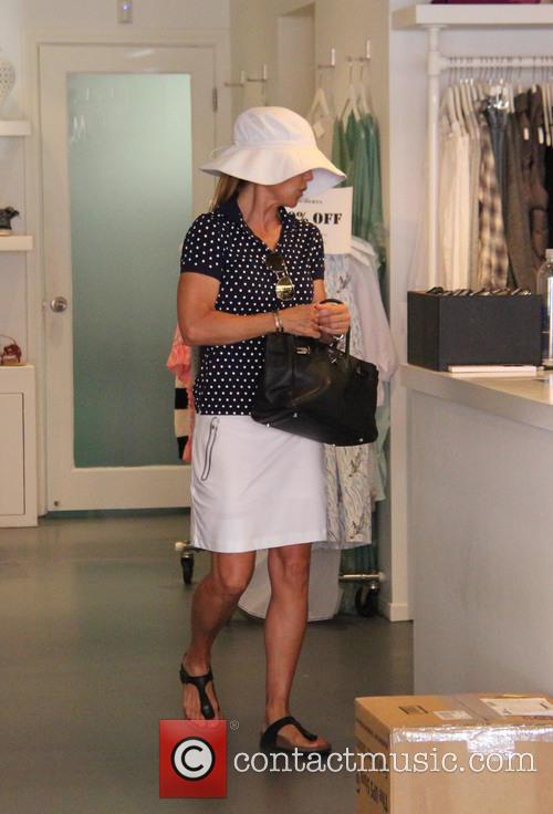 Lori Loughlin gets her nails done and goes...