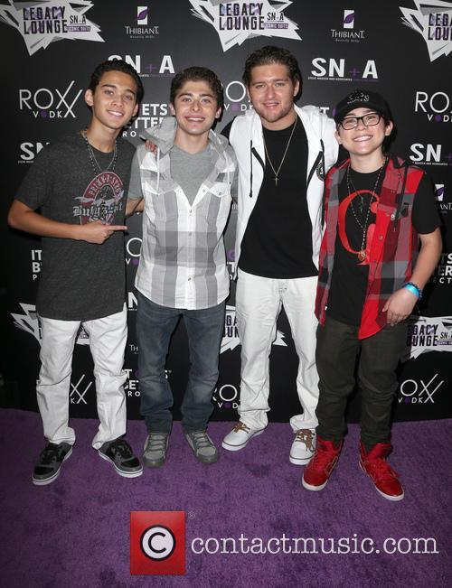 Robert Ochoa, Ryan Ochoa, Rick Ochoa and Raymond Ochoa 2