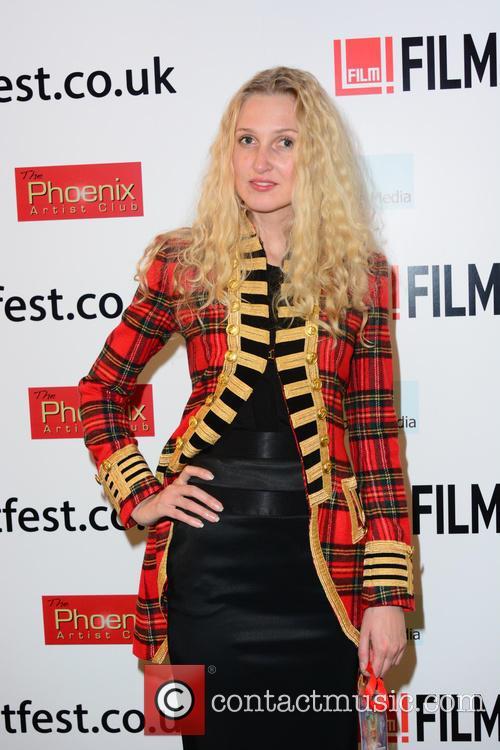 Tamara Dumas (model) 8