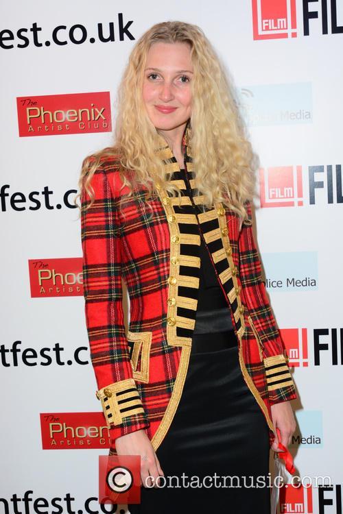 Tamara Dumas (model) 9
