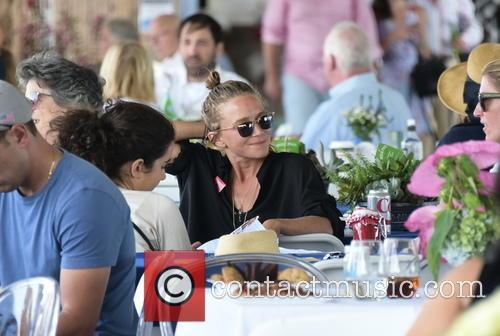 Mary Kate Olsen 1