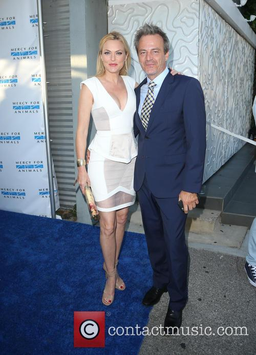 Elaine Hendrix and Salvator Xuereb 4