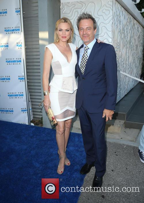 Elaine Hendrix and Salvator Xuereb 5