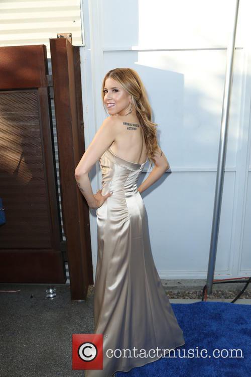 Simone Reyes 2
