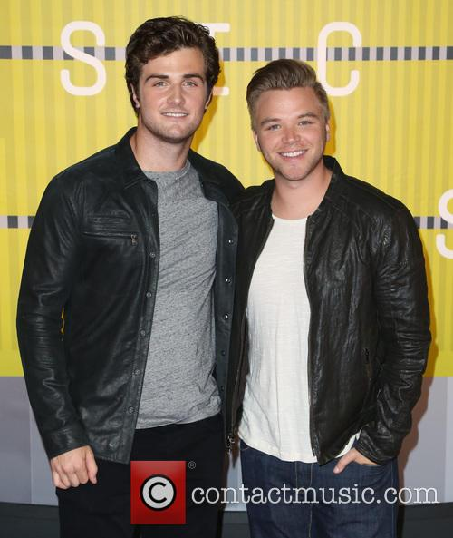Beau Mirchoff and Brett Davern 3