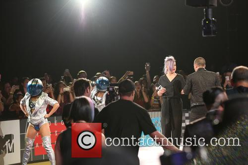 Nick Jonas and Kelly Osbourne 1
