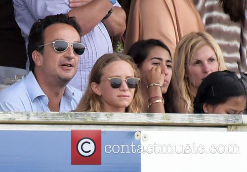 Olivier Sarkozy and Mary-kate Olsen 1