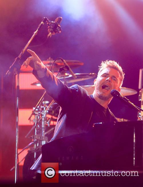 Gary Barlow 7